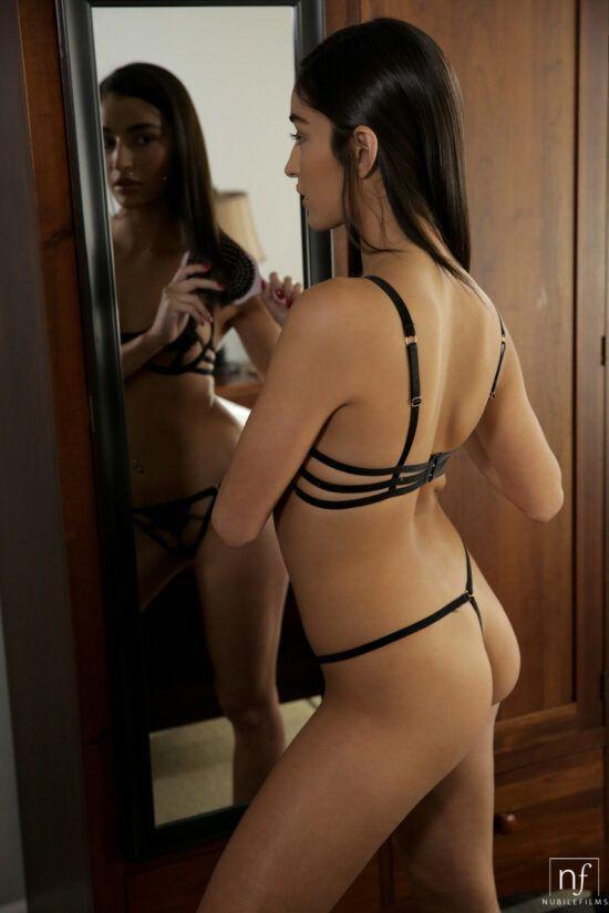 Imagens de mulher pelada dando a bucetinha