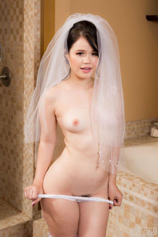 Noiva novinha transando com o cunhado antes do casamento
