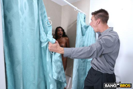 Contos eróticos fotos de madrasta dando pro enteado