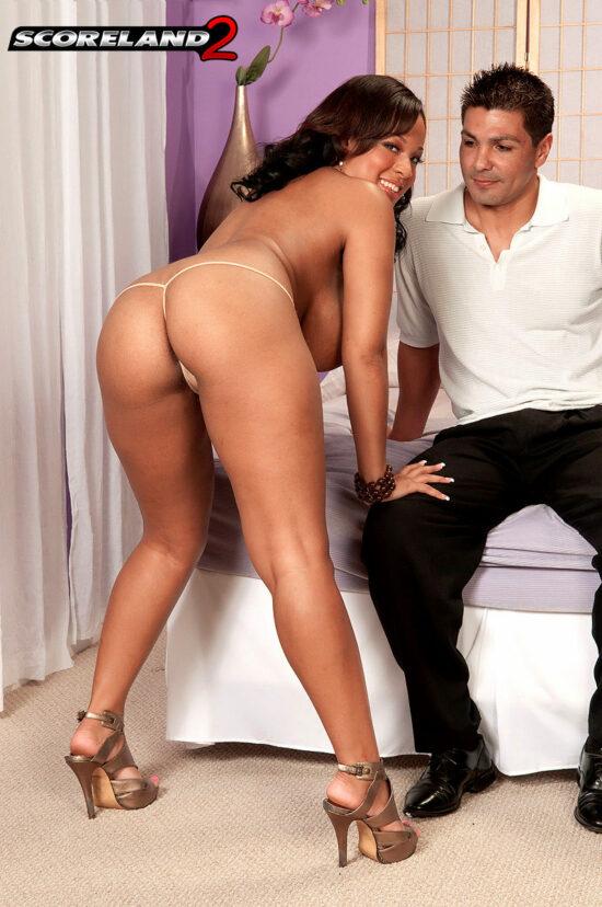 Fotos de sexo e gozada nos peitões da gostosa
