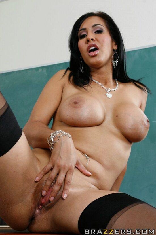 Professora gostosa pelada na sala de aula